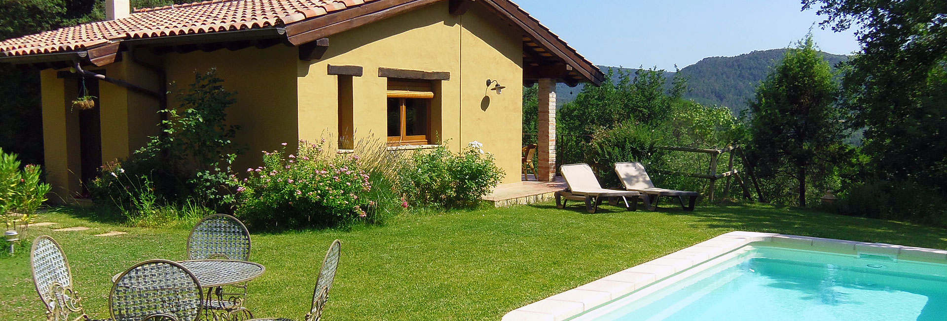 Holiday villa with private pool in girona